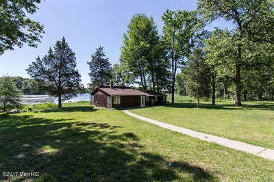 Single Family Home For Sale: 11925 Strait Rd