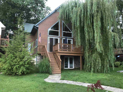Reading MI Single Family Home For Sale: $289,900