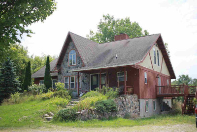 Hillsdale County Single Family Home For Sale: 74 W Hallett