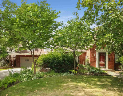 Washtenaw County Single Family Home Contingent - Financing: 935 Pleasant Dr