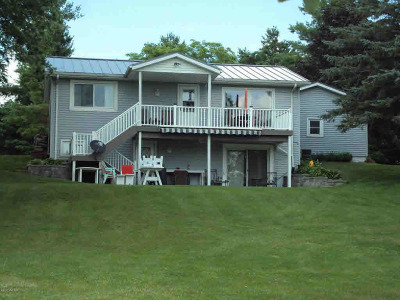Hillsdale MI Single Family Home For Sale: $199,900