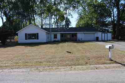 Jackson County Single Family Home For Sale: 2985 Garden City Road