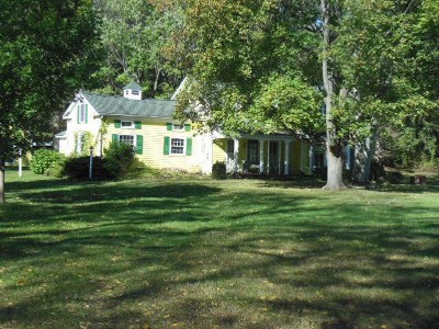 Jackson County, Lenawee County, Hillsdale County Single Family Home For Sale: 10630 N Springville Hwy