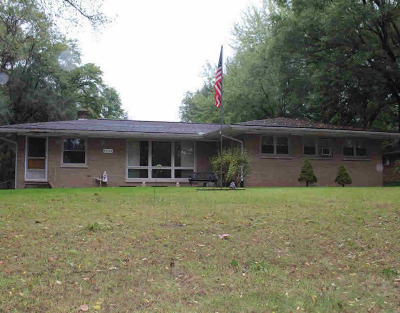 Single Family Home For Sale: 5014 Huggins Rd