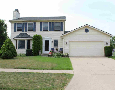 Washtenaw County Single Family Home Contingent - Financing: 1488 Maplewood Dr