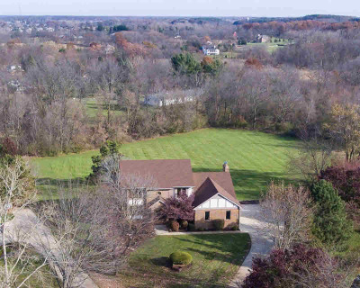 Washtenaw County Single Family Home For Sale: 1527 High Hollow Dr