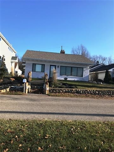 Manitou Beach MI Single Family Home For Sale: $399,000