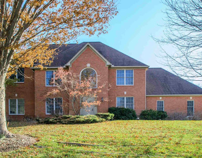 Washtenaw County Single Family Home Contingent - Financing: 5001 Birkdale Dr