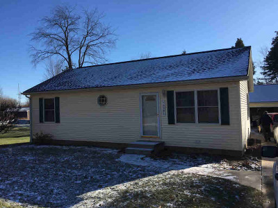 Jerome MI Single Family Home For Sale: $119,900