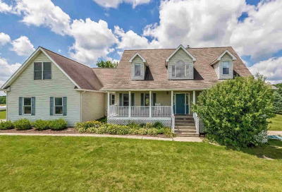 Washtenaw County Single Family Home For Sale: 843 N Parker Rd