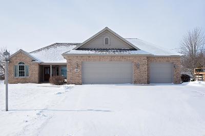 Single Family Home For Sale: 9034 Kingsley Dr.