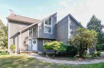 Washtenaw County Single Family Home Contingent - Financing: 8794 Mast Rd