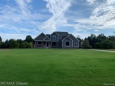 Milford Single Family Home For Sale: 663 Mechigian Lane