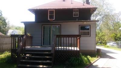 Jackson MI Single Family Home For Sale: $114,900