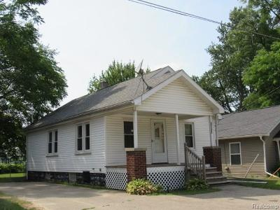 Single Family Home For Sale: 12731 Meigs St