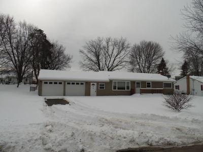 Jackson MI Single Family Home For Sale: $93,750