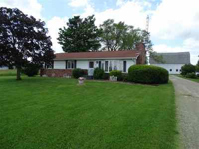 Clayton MI Single Family Home For Sale: $264,000
