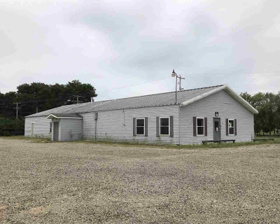 Single Family Home Contingent - Financing: 136 Concord Rd