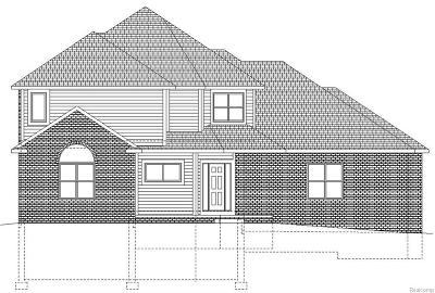West Bloomfield Single Family Home For Sale: 5816 Windrift Crt