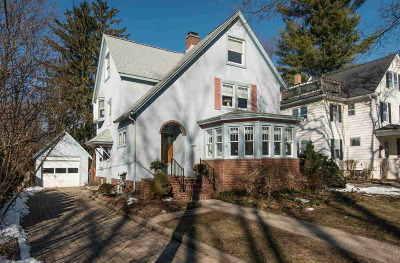 Washtenaw County Single Family Home Contingent - Financing: 1326 S Forest Ave