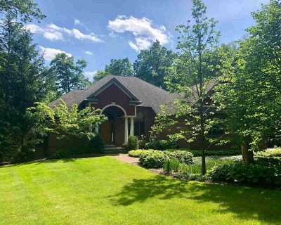 Washtenaw County Single Family Home For Sale: 4453 Clara Louise Ct