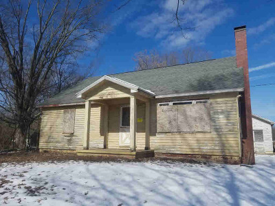 Jackson MI Single Family Home For Sale: $219,900