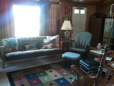 Brooklyn Single Family Home For Sale: 800 Vaniman Island