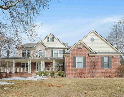 Washtenaw County Single Family Home Contingent - Financing: 13696 W Quail Hollow Ct