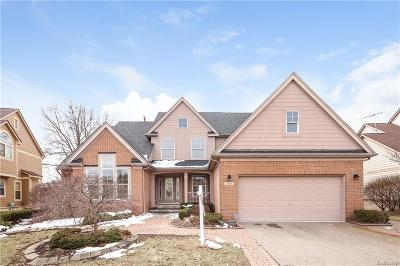 Single Family Home For Sale: 7687 Rosewood Ln