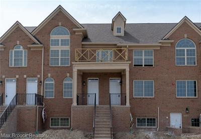 Northville Condo/Townhouse For Sale: 39697 Springwater Dr
