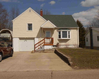 Michigan Center Single Family Home Contingent - Financing: 131 Cooks Landing