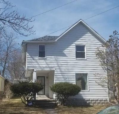 Single Family Home For Sale: 1916 Cameron St