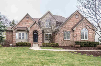 Washtenaw County Single Family Home Contingent - Financing: 794 Bogey Ct