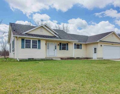 Munith Single Family Home Contingent - Financing: 9721 Huttonlocker Rd