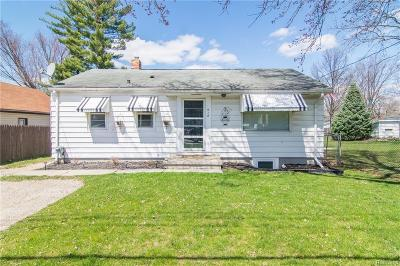 Lansing Single Family Home For Sale: 518 W Frederick Ave