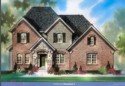 Farmington Hill Single Family Home For Sale: 34180 Oak Forest