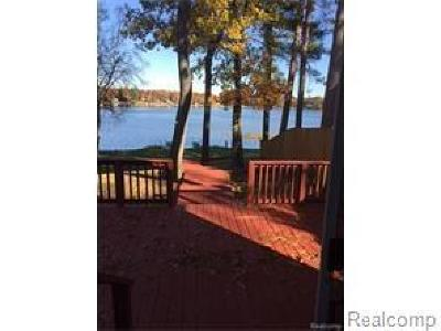 Single Family Home For Sale: 3208 Henry