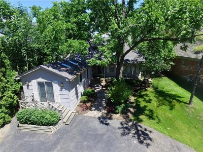 West Bloomfield Single Family Home For Sale: 2594 Comfort St