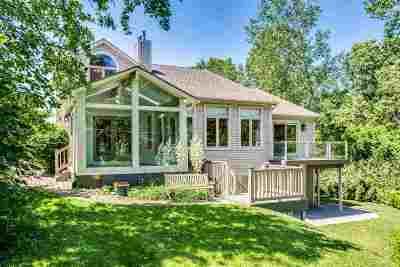 Single Family Home For Sale: 6311 Lakeshore