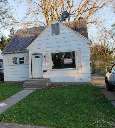 Single Family Home For Sale: 4114 Lamson