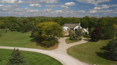 Washtenaw County Single Family Home For Sale: 7426 Fox Hill Ln