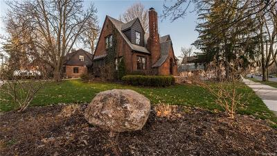 Washtenaw County Single Family Home For Sale: 901 Fifth St