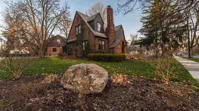 Washtenaw County Single Family Home For Sale: 901 Fifth