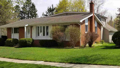 Washtenaw County Single Family Home For Sale: 251 Highland Dr