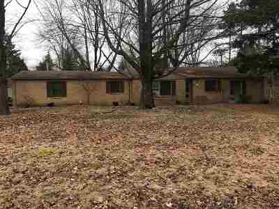 Single Family Home For Sale: 2540 Sharon Lane