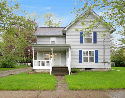 Grass Lake Single Family Home Contingent - Financing: 143 Maple St