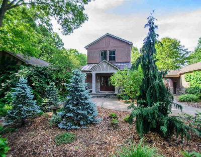 Washtenaw County Single Family Home Contingent - Financing: 5400 North Meadow Ct