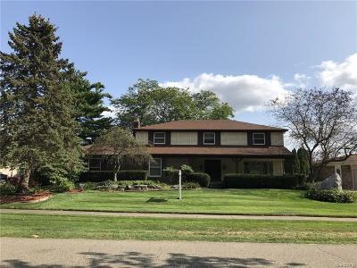 Single Family Home For Sale: 54832 Blue Cloud Dr