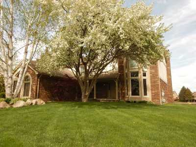 Single Family Home For Sale: 54668 Sherwood Ln