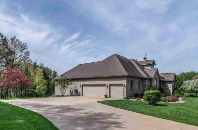 Stockbridge Single Family Home For Sale: 650 Cherry St